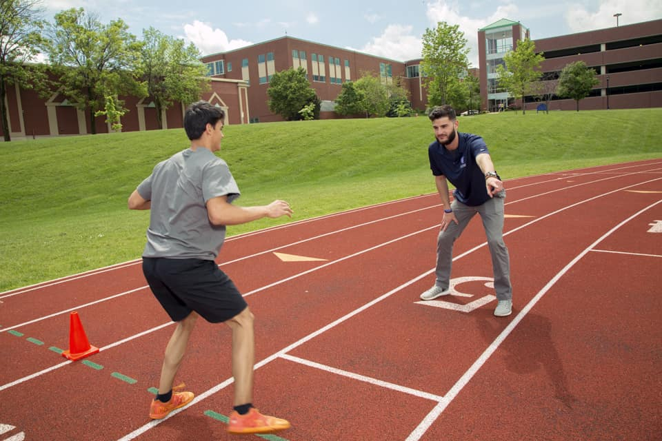 undergrad-athletic-training-01-min